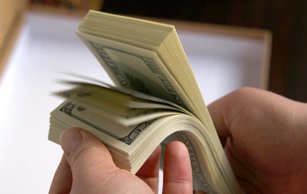 В Запорожье «поймали» таможенника на огромной взятке