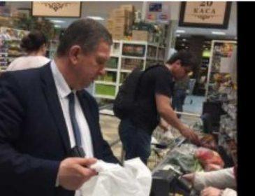 Стало известно, что ест и сколько тратит на питание в день министр Рева. Такого себе не позволит ни один украинец