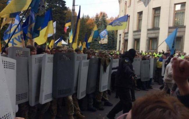 «Проплаченные и искренние митинги — это классика украинского протеста …»: Луценко выступил с резким заявлением