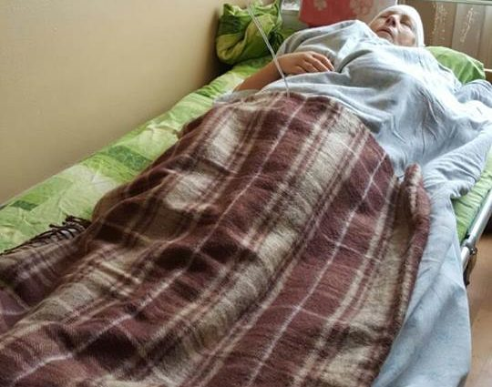 «До конца дней приковано к аптеки» Дочь пострадавшей в покушении на Мосийчука рассказала о состоянии матери