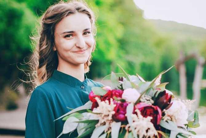 «Собиралась замуж»: В Харькове в свадебном платье похоронили шестую 24-летнюю жертву страшного ДТП