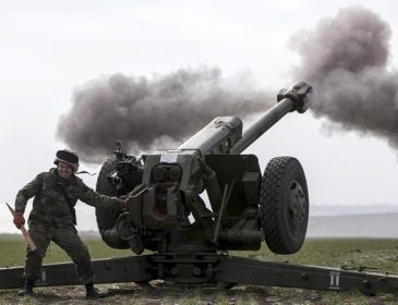 В Мариинский парк уже свезли артиллерию, власть дала первый комментарий