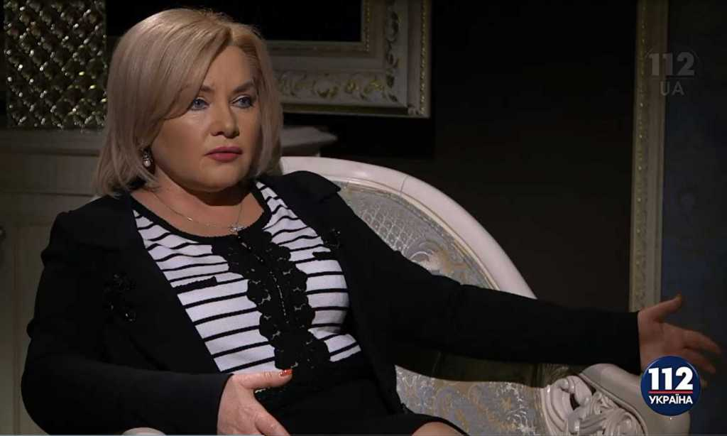 «В Украине таких даже не продают»: Оксана Билозир «засветилась» в Раде с сумочкой стоимостью в 17 пенсий