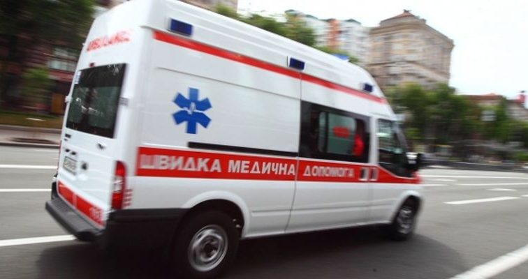Во Львове госпитализированы четыре человека после посещения известного ресторана в центре города