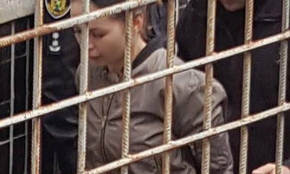 Модный приговор: Зайцева пришла в суд в дорогущей обуви и показала настоящий гламур