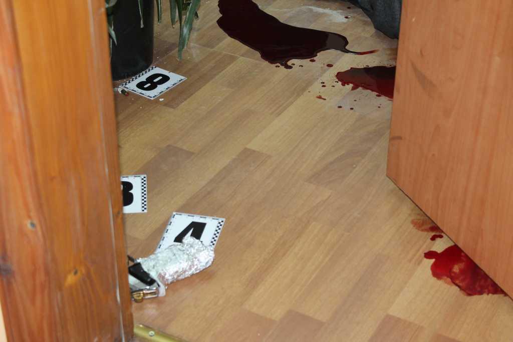 «В собственном кабинете»: Несколько выстрелами убили директора одного из крупнейших предприятий Ужгорода