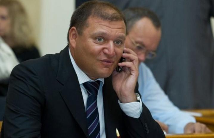 «Это не идиот, а кабан «: В Сети бурно обсуждают новое фото Добкина