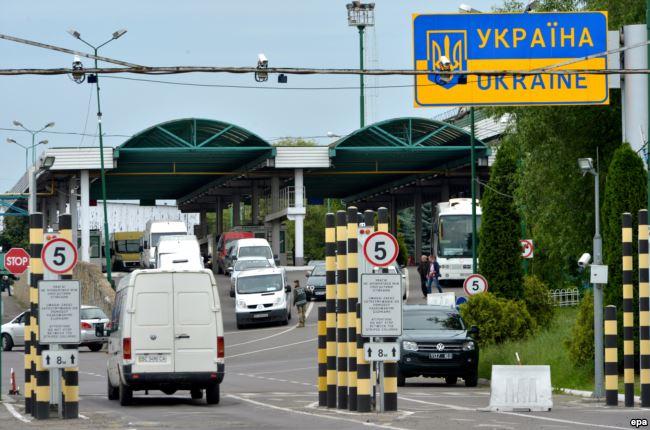 «У нас и так более миллиона украинцев…»: Для кого и почему Польша закрывает границы