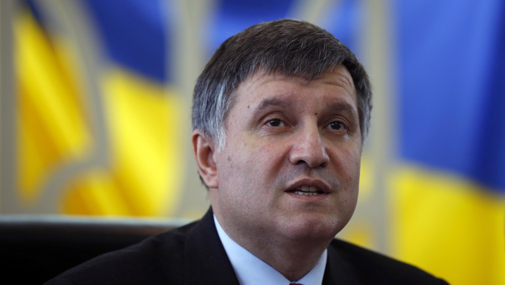 «Это на совести этих фигляров…»: Аваков резко высказался в адрес одиозного беглеца-регионала Олийника
