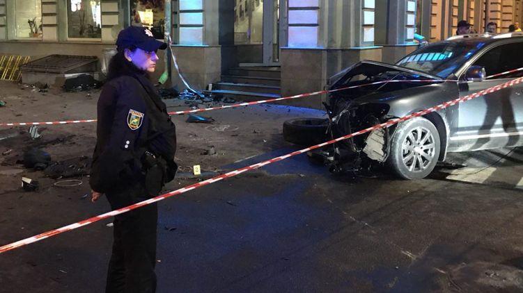 Муж умер, жена и ее сестра в реанимации: жизнь молодых людей навсегда сломало смертельное ДТП в Харькове