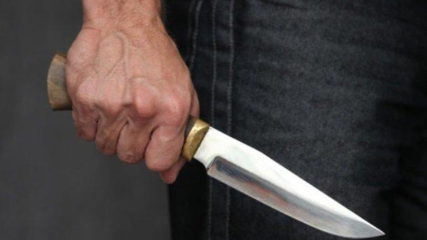 В Днепре житель зарезал мужчину посреди улицы