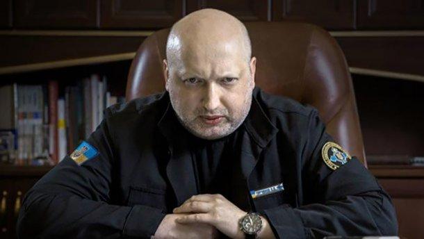«Должен быть жосткый и адекаватный ответ» Турчинов прокомментировал убийство Окуевои