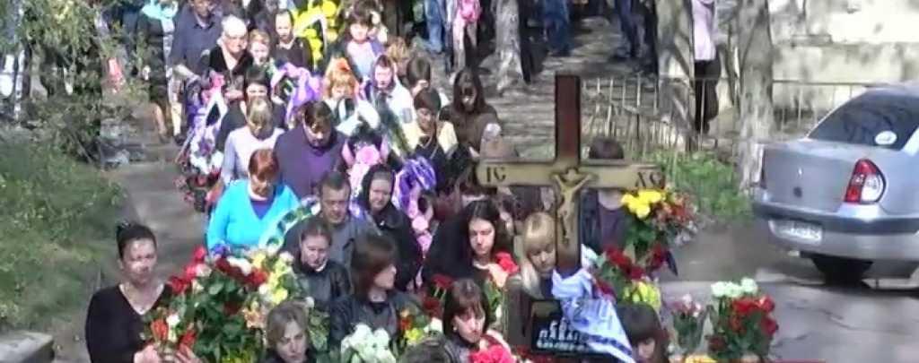Изверг!!! В Запорожье произошло страшное: мужчина жестоко убил маленькую дочь приятеля, потому что мешала спать