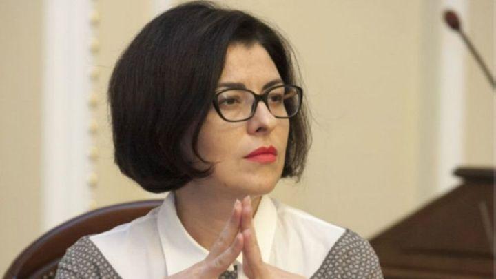 «Президент традиционно хочет обесценить хорошую идею…»: Сыроед раскритиковала законы Порошенко