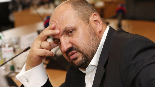«С золотом и бриллиантами»: В аэропорту задержали Розенблатта, который пытался покинуть Украину