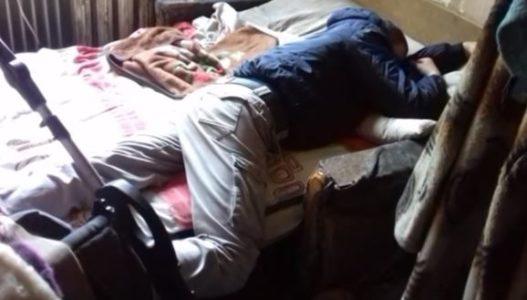 «Они будут находиться в больнице…»: мать уехала на заработки оставив своих детей в квартире