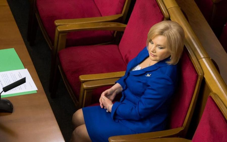«Бабушки в шоке!»: Кума Президента похвасталась сумочкой стоимостью 17 украинских пенсий