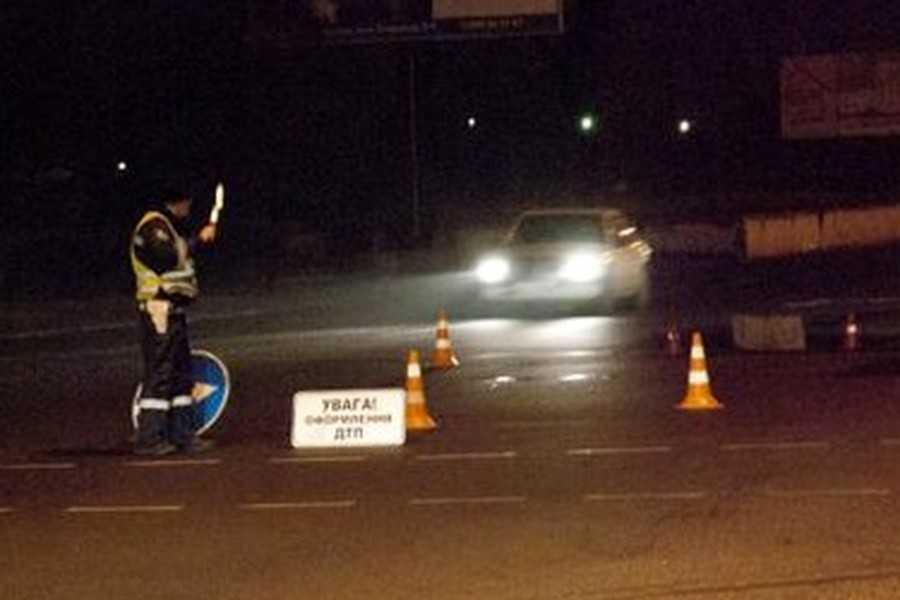На Львовщине автомобиль насмерть сбила пешехода, водитель скрылся с места ДТП