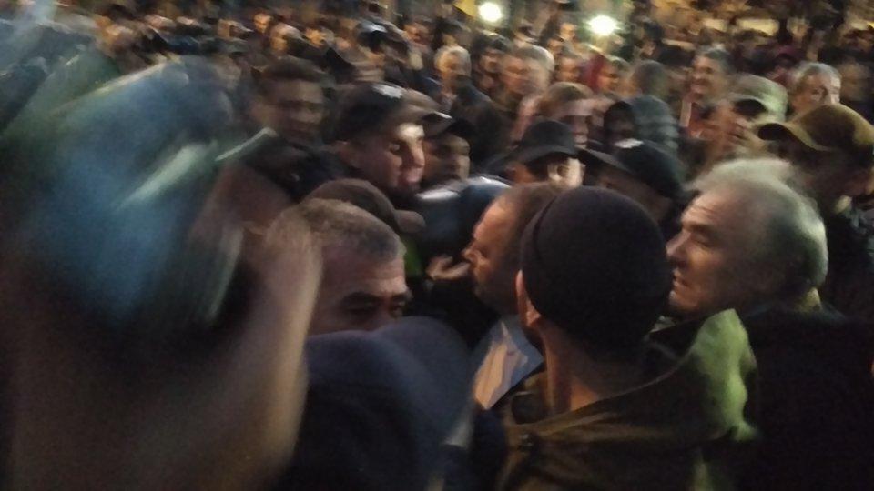 «Приехал на встречу с избирателями»: на Львовщине избили депутата Лозового