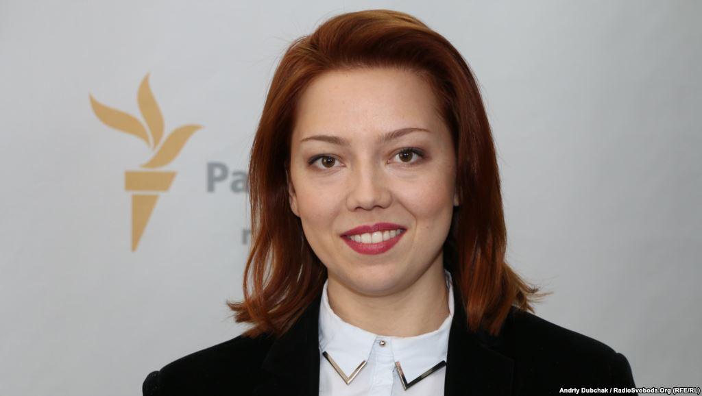 Молоденькая депутат засветила в Раде сумку за 4 тысячи, вышедшей из моды