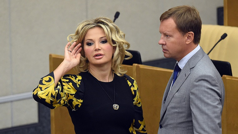 «Шок и личная трагедия»: Результаты расследования убийства Вороненкова стали настоящим ударом для Максаковой