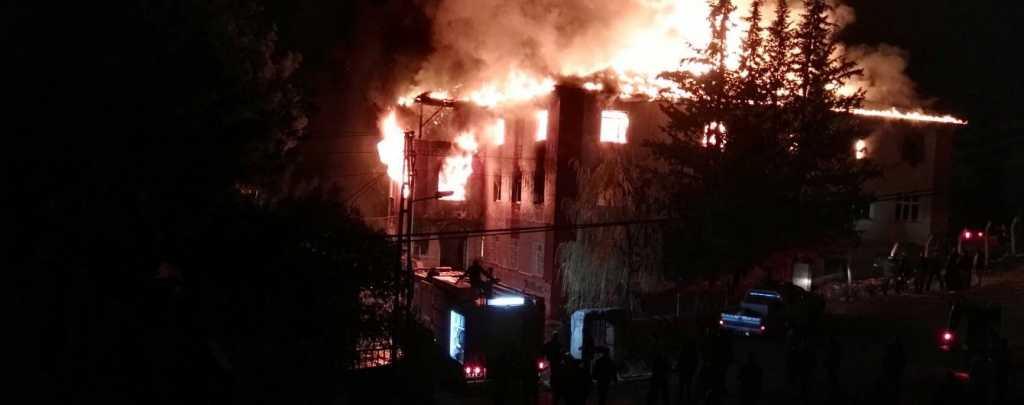 СРОЧНО!!! В Запорожье заживо сгорели пять человек, которых там просто заперли
