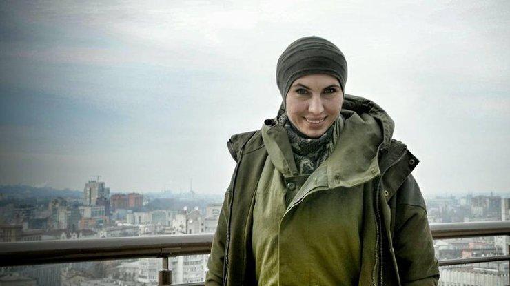 «Спецназовцы с автоматами …»: мать Окуевой приехала провести дочь в последний путь