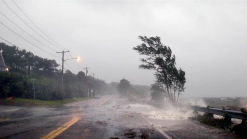«Мы призываем всех …»: Синоптики рассказали, действительно ли Украину накроет ураган «Герварт»