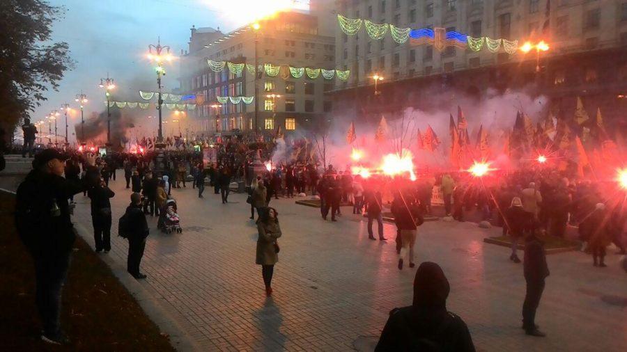 Дым, огонь и крики на Крещатике: Киев всколыхнули взрывы (ВИДЕО)