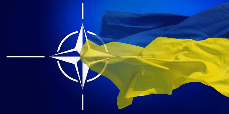 «Станет членом Альянса»: Порошенко выступил с громким заявлением о вступлении Украины в НАТО