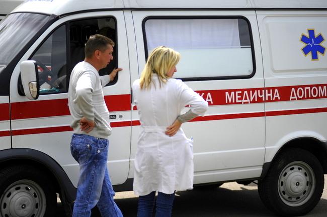Во Львове из-за нелегальных аттракционов пострадал человек. Его госпитализировали