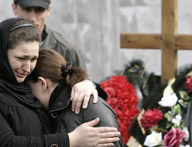 «Вонь была ужасной от нее»: Мусоровоз вместо ритуального автобуса, ужасная история случилась на Волыни