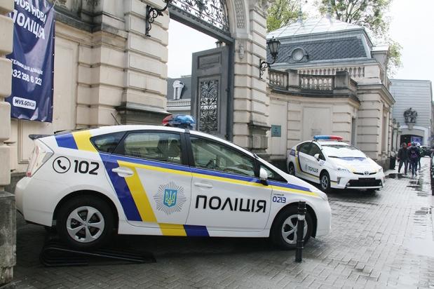Известную чиновницу ЛОГА поймали пьяной за рулем
