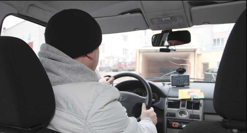 «Зад*вбало постоянно ездить за пенсией в Украину…»: Таксист из оккупированной Горловки подорвал всю Сеть своими словами