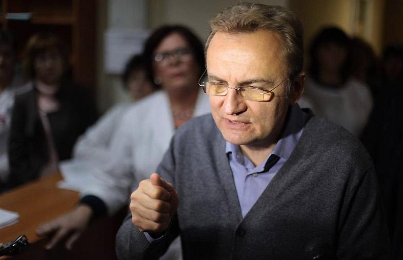 «Исключительно в интересах общины Львова и интересах украинцев»: Садовый признал, что встречается с российским олигархом