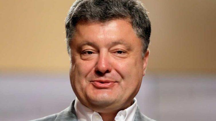«Суп с лобстерами, салат из медузы» Как Порошенко с семьей поужинал в ресторане на 3 минималки простого украинца