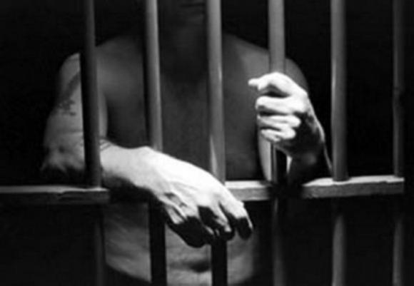 «Закрывали глаза на наркотики у осужденных…»: Прокуратура проверила соблюдение режимных требований