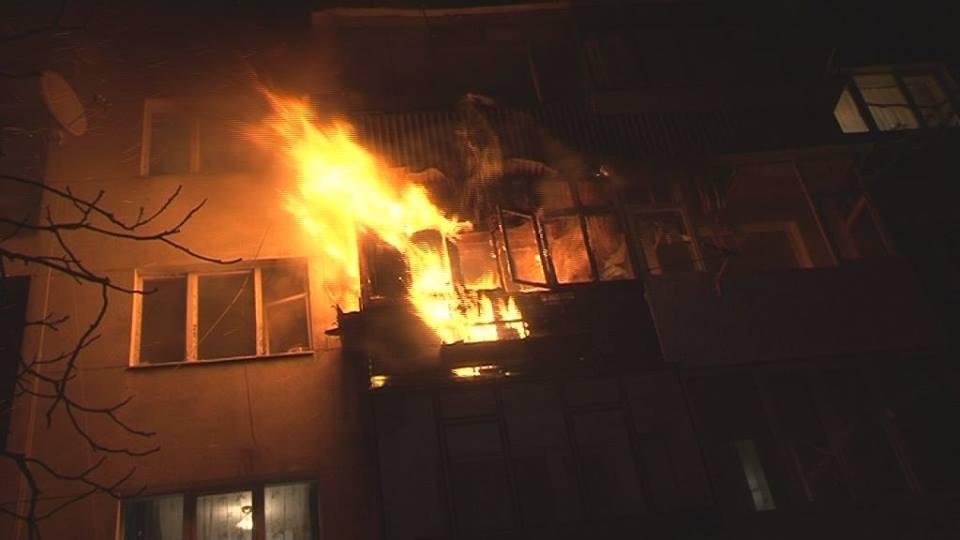 В Киеве произошел пожар в жилом доме