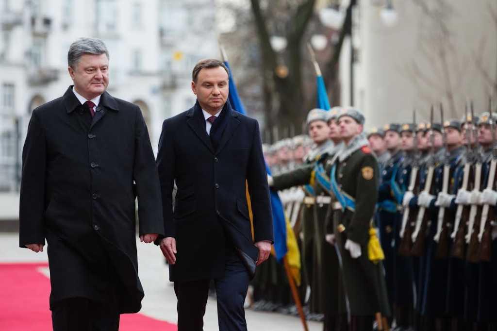 «Это неприемлемо»: Президент Польши выдвинул серьезное требование Порошенко