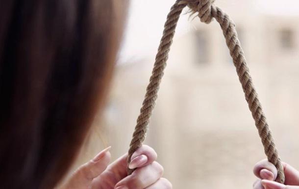 Она стала шестой: под Винницей повесилась 22-летняя девушка