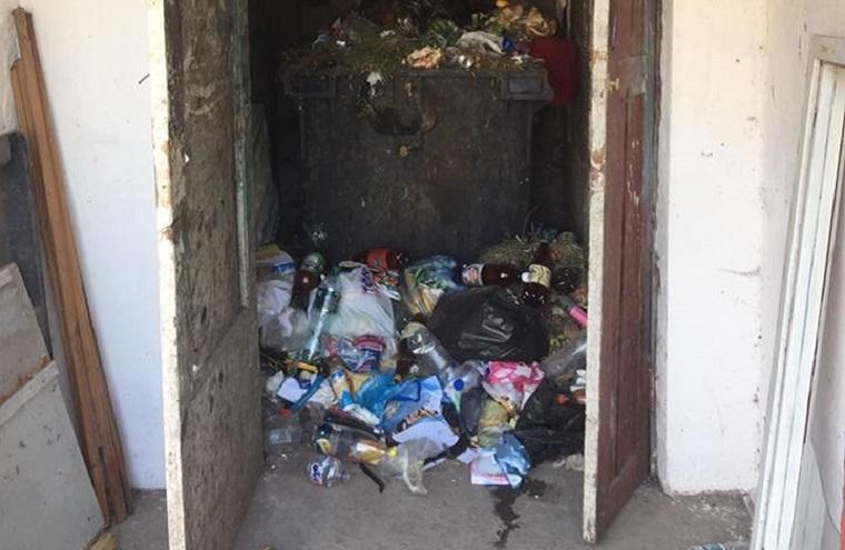 «Изуродовали и бросили в мусоропровод»: Среди мусора нашли совершенно порезанную 22-летнюю девушку