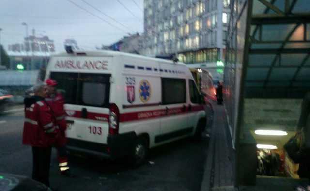 «Не хватает транспорта для перевозки раненых»: поезд сошел с рельсов, погибли по меньшей мере 34 человека