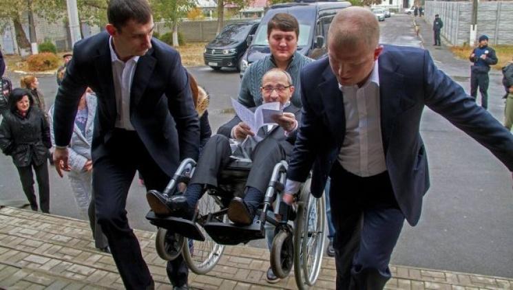 «Ой бл…»: Кернес не сдержал эмоции во время выступления одного из депутатов (видео)