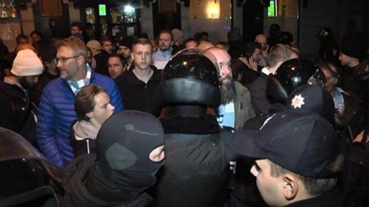 «Сняли с автобуса, забрали в Национальную гвардию»: Шутки становятся реальностью. Почему в Украине начались облавы на призывников?
