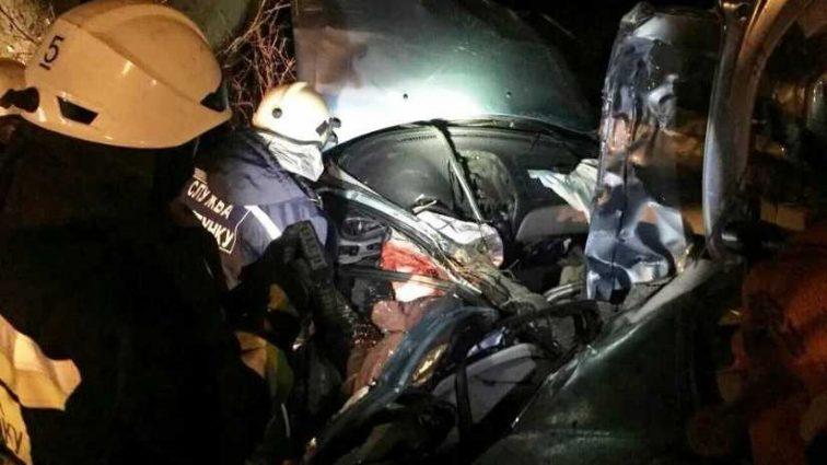 «Едва вытащили тела»: четверо подростков погибли в ужасном ДТП, куда смотрят родители?