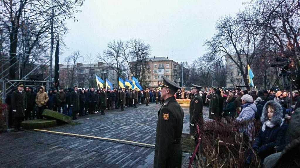 Почтили жертв голодоморов в Киеве: Одного из солдат почетного караула забрала скорая
