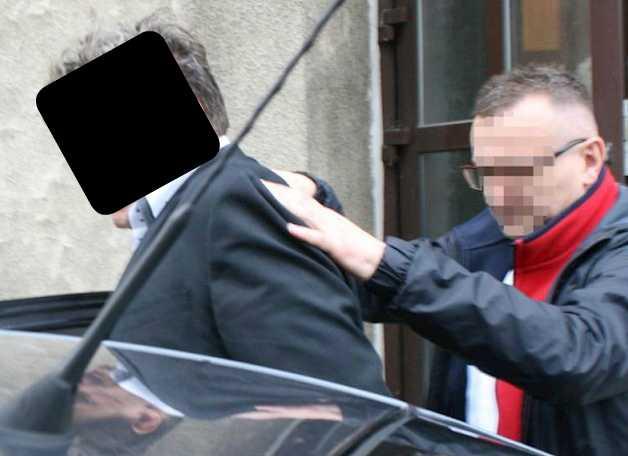 Поймали с поличным! В Польше арестовали приближенного к Садовому за распространение детской порнографии