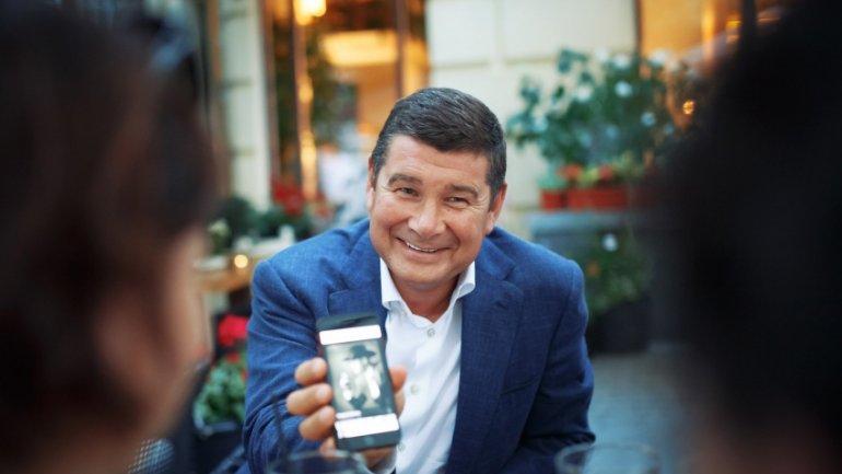 «Я благодарен Ане за сына, назвали в честь…»: Онищенко подтвердил, что снова стал отцом