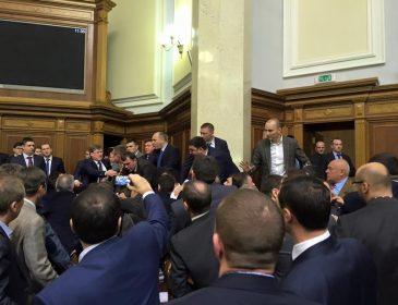 Депутат от БПП купил элитную недвижимость в Киеве за 1 гривну и продал за 8.5 млн