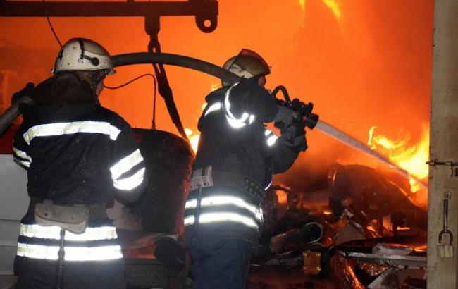 В центре столицы произошел пожар в жилом доме